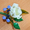 Glass rose bloom with forget-me-not