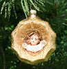 Reflex bauble with angle gold